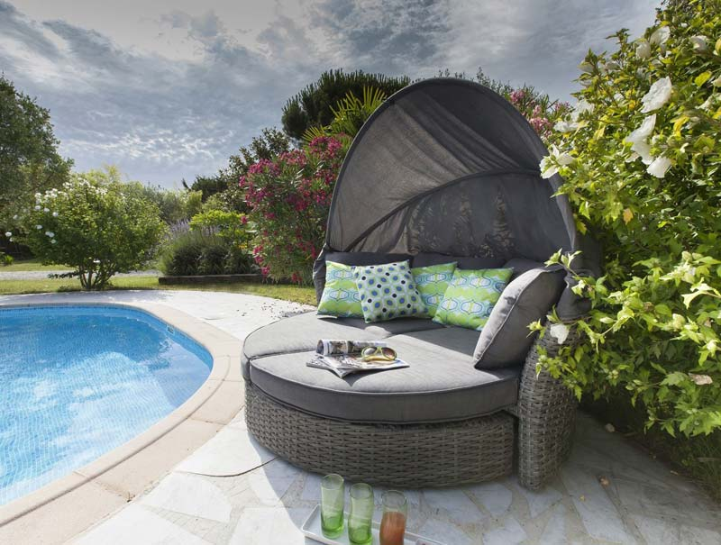 coussin salon de jardin leroy merlin jardin piscine et cabane. Black Bedroom Furniture Sets. Home Design Ideas