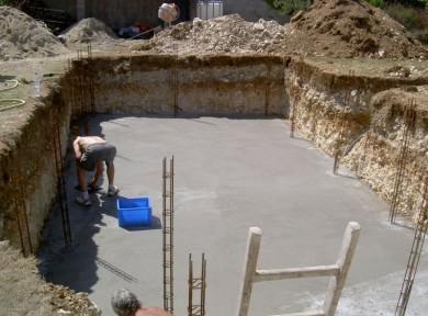 Construction piscine agglo creux