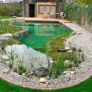 Construire piscine naturelle prix jardin piscine et cabane - Comment faire une piscine pas cher ...