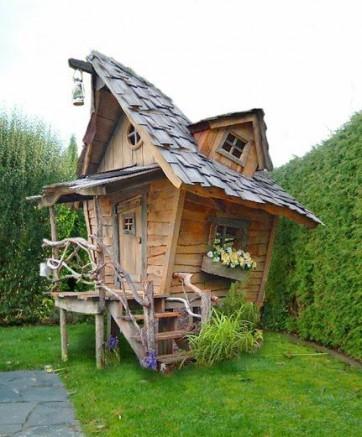 cabane de jardin en bois originale jardin piscine et cabane. Black Bedroom Furniture Sets. Home Design Ideas