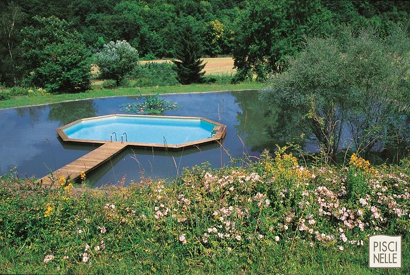 Construction piscine hors sol semi enterrée