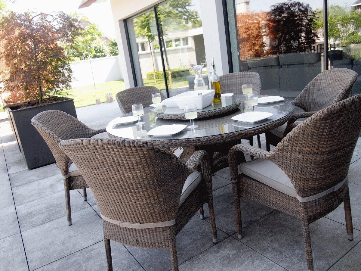 Salon de jardin table ronde en solde - Jardin piscine et Cabane