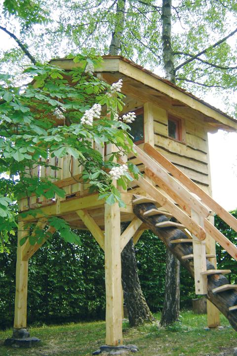 Cabane arbre jardin
