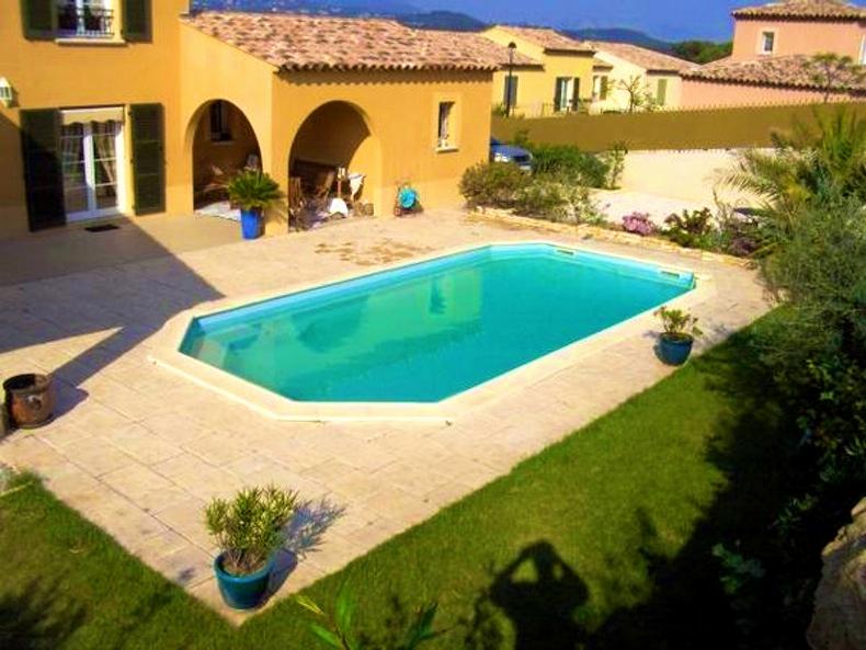 amenagement exterieur piscine jardin jardin piscine et. Black Bedroom Furniture Sets. Home Design Ideas