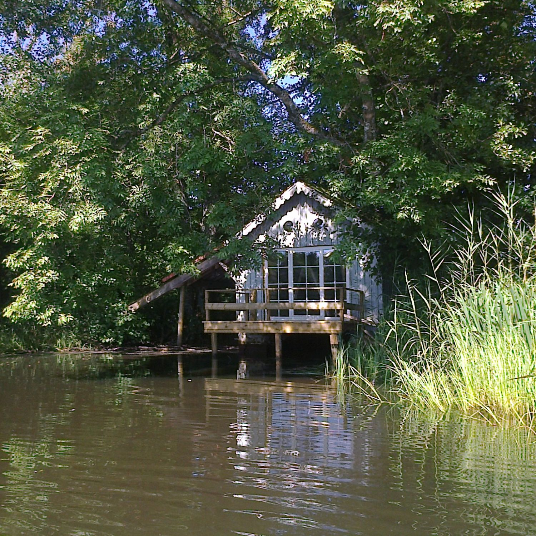 Louer une cabane au bord de l'eau