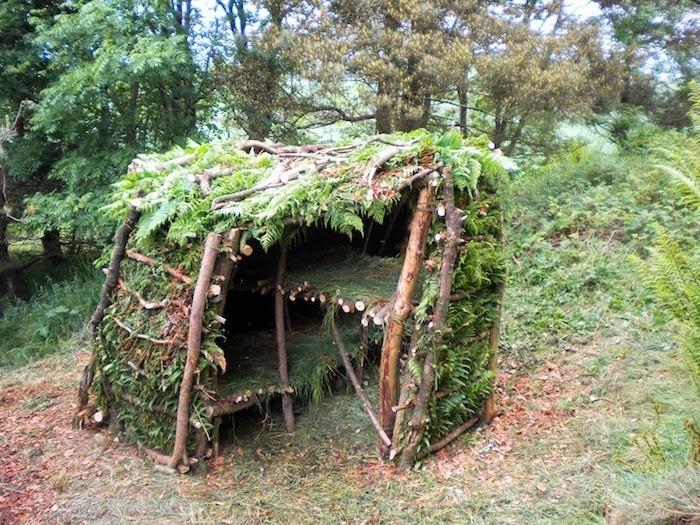 cabane en bois facile a faire jardin piscine et cabane. Black Bedroom Furniture Sets. Home Design Ideas