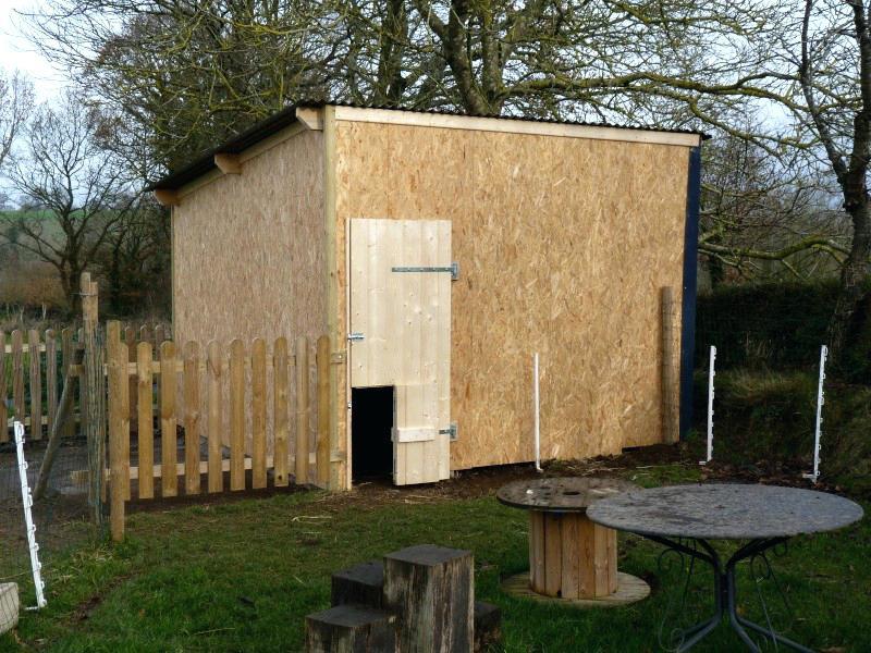 cabane a poule d 39 occasion jardin piscine et cabane. Black Bedroom Furniture Sets. Home Design Ideas