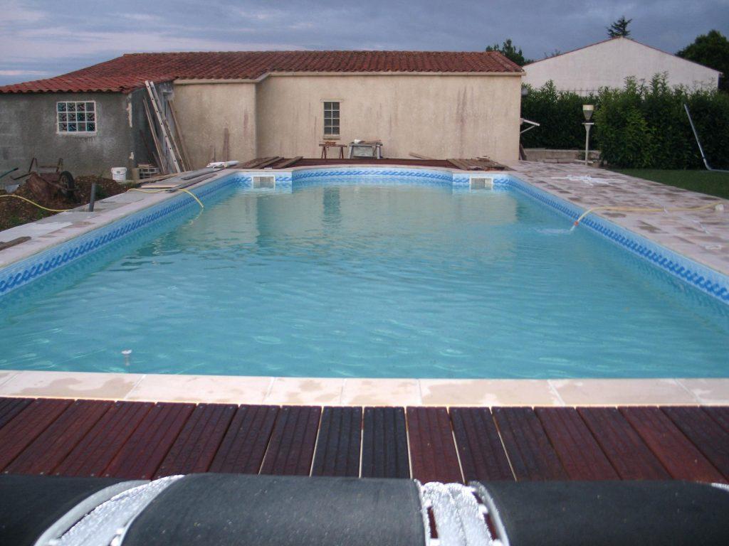 Construire sa piscine en beton pdf jardin piscine et cabane for Construire sa piscine en beton