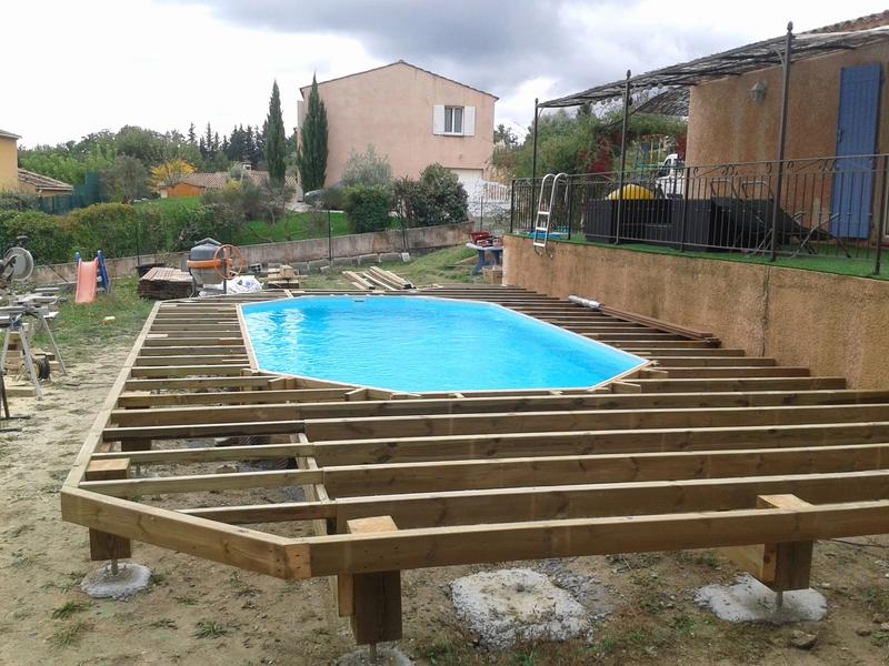 Construire sa piscine bois hors sol jardin piscine et cabane for Construire ma piscine
