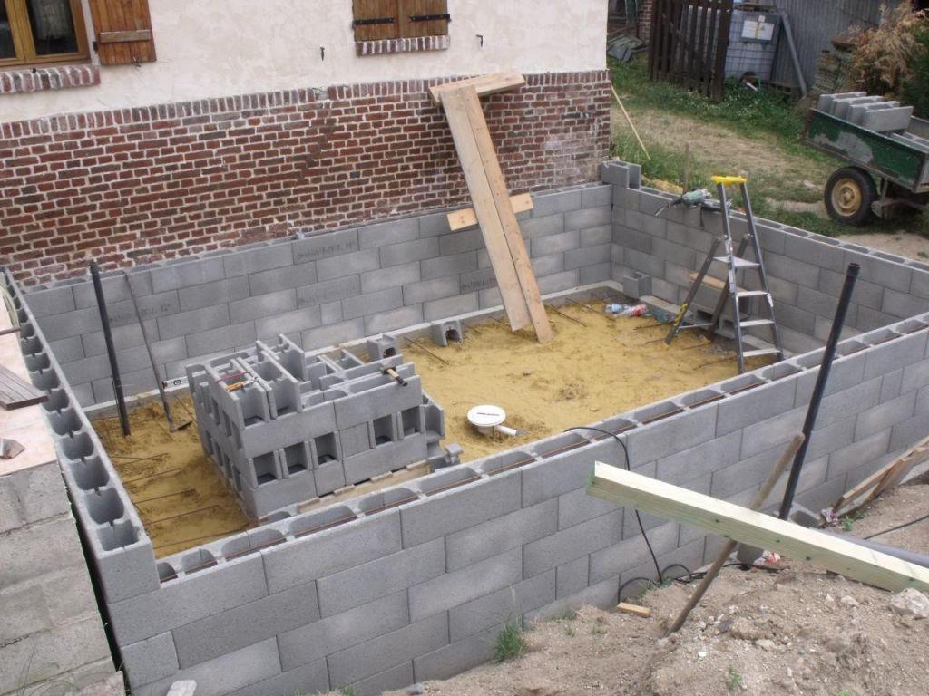 construire sa piscine beton hors sol jardin piscine et. Black Bedroom Furniture Sets. Home Design Ideas