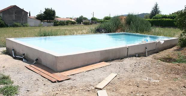 Construire Une Piscine Hors Sol Jardin Piscine Et Cabane