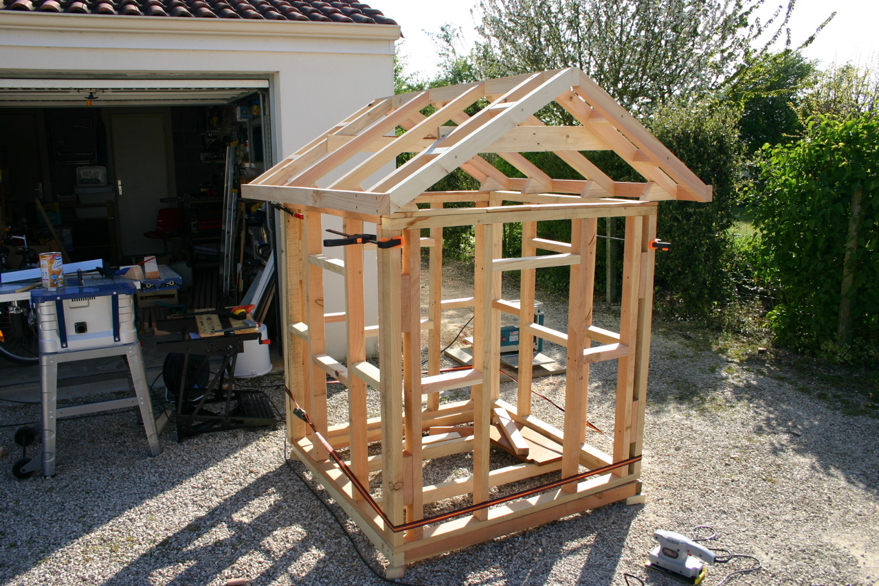 Construire Une Cabane En Bois Simple Jardin Piscine Et