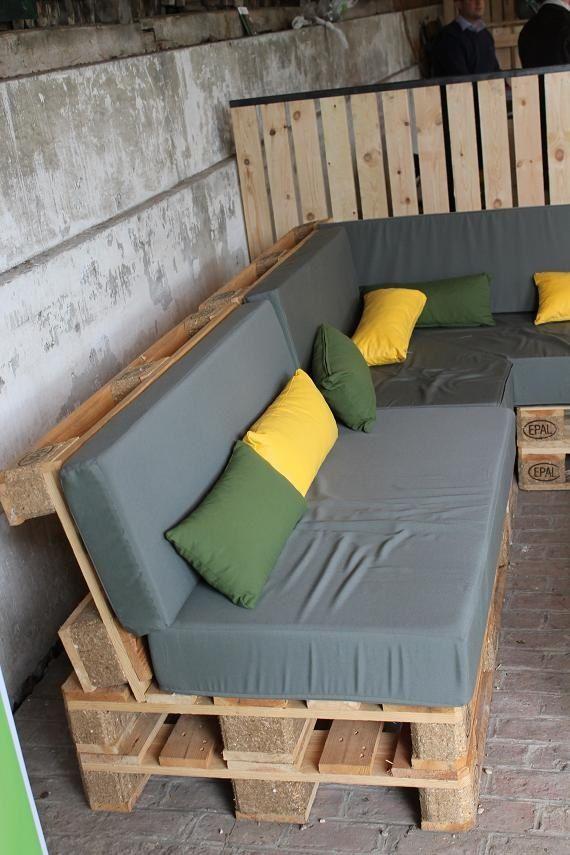 Salon de jardin en palette recyclée
