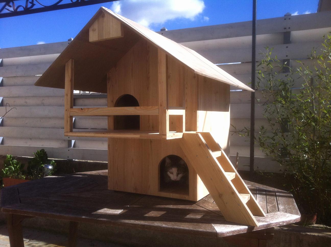 cabane pour chat pas cher jardin piscine et cabane. Black Bedroom Furniture Sets. Home Design Ideas