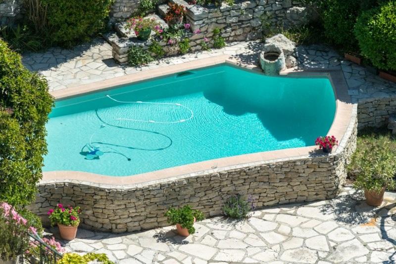 Construire piscine nantes