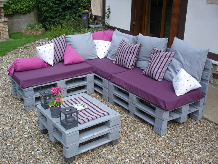 fabriquer salon de jardin avec palette jardin piscine et cabane. Black Bedroom Furniture Sets. Home Design Ideas