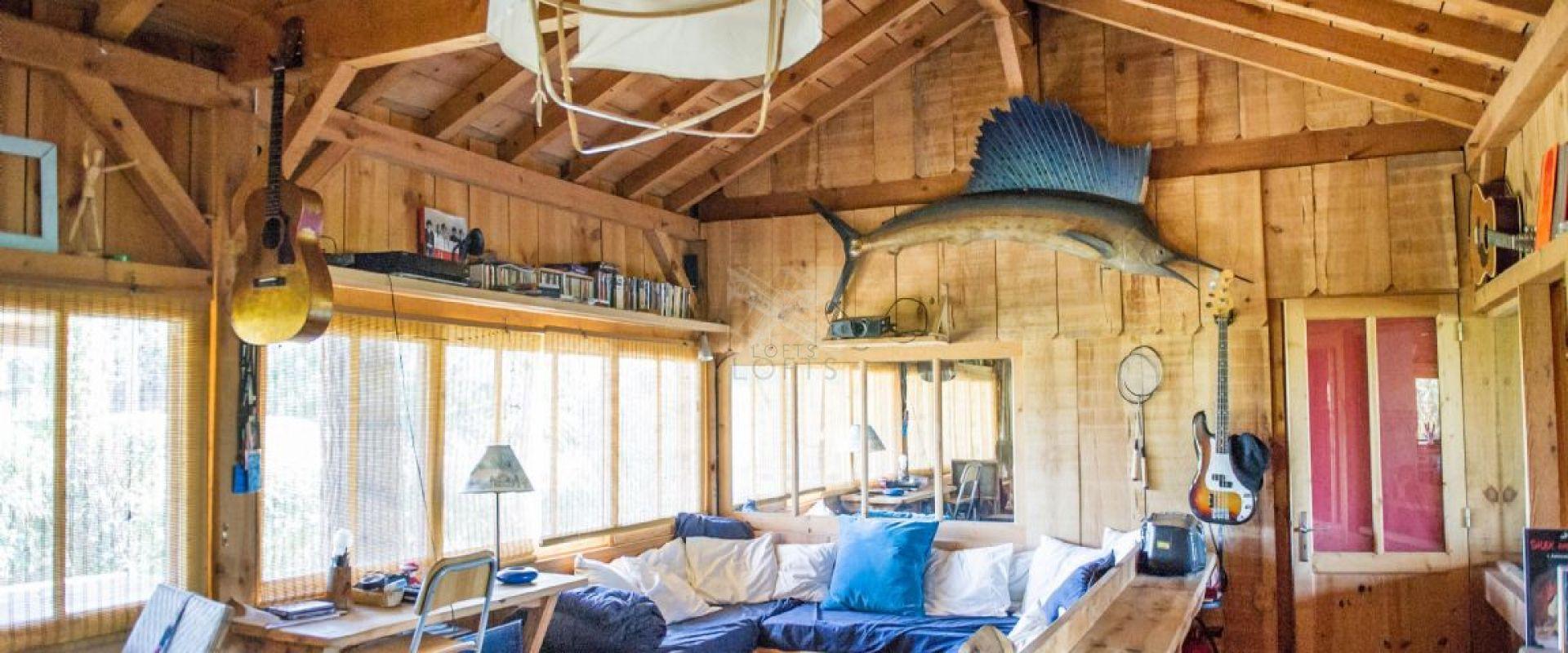 Cabane en bois bartherotte