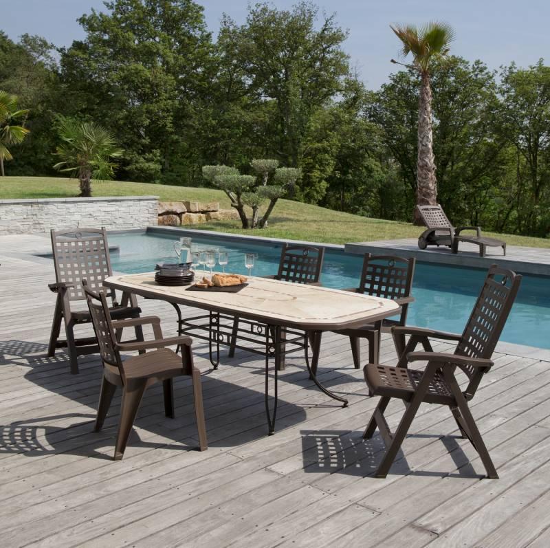salon de jardin grosfillex auchan jardin piscine et cabane. Black Bedroom Furniture Sets. Home Design Ideas
