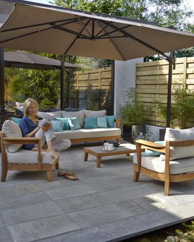 mobilier de jardin chez castorama jardin piscine et cabane. Black Bedroom Furniture Sets. Home Design Ideas