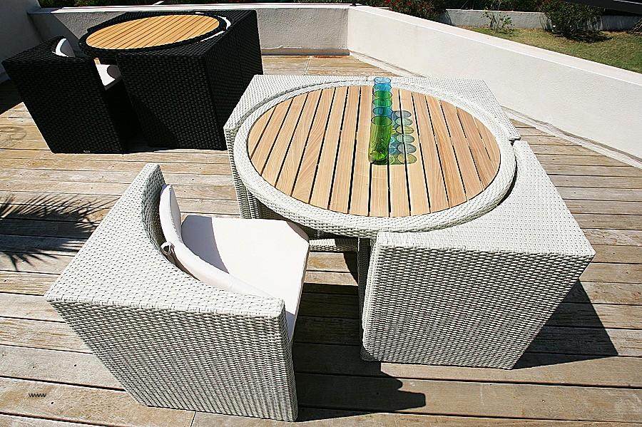 petite table basse salon de jardin jardin piscine et cabane. Black Bedroom Furniture Sets. Home Design Ideas
