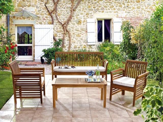 Nettoyer salon de jardin bois - Jardin piscine et Cabane