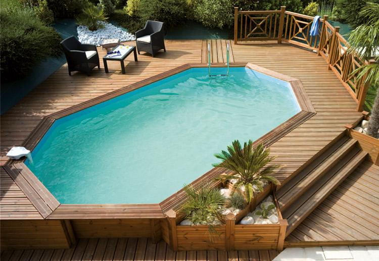 comment construire une plage de piscine en bois jardin piscine et cabane. Black Bedroom Furniture Sets. Home Design Ideas