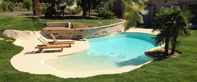 Construire une plage de piscine en beton jardin piscine et cabane for Construire sa piscine en beton