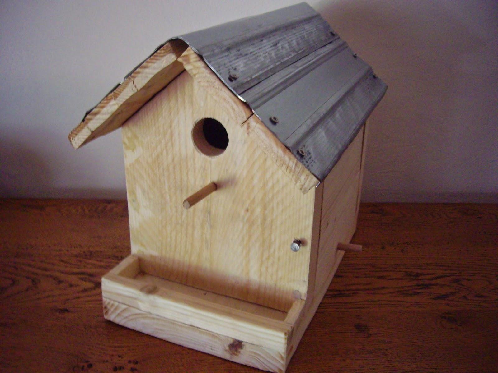 cabane oiseaux palette jardin piscine et cabane. Black Bedroom Furniture Sets. Home Design Ideas