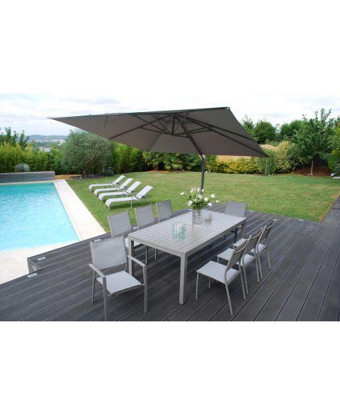 Salon de jardin table et 6 chaises