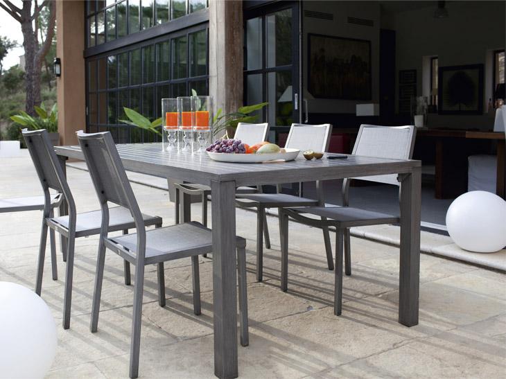 Table salon de jardin gamm vert - Jardin piscine et Cabane