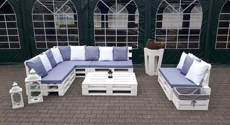 construire un salon de jardin palette jardin piscine et cabane. Black Bedroom Furniture Sets. Home Design Ideas