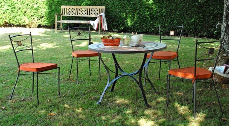 salon de jardin fer forg mr bricolage jardin piscine et. Black Bedroom Furniture Sets. Home Design Ideas