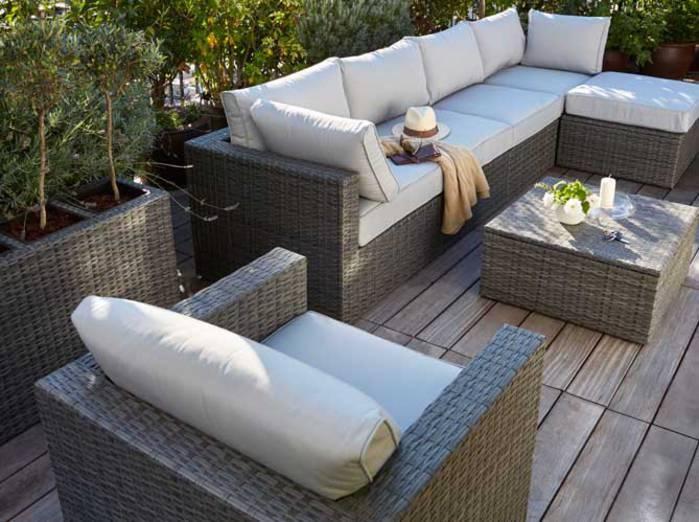 salon de jardin castorama blooma jardin piscine et cabane. Black Bedroom Furniture Sets. Home Design Ideas