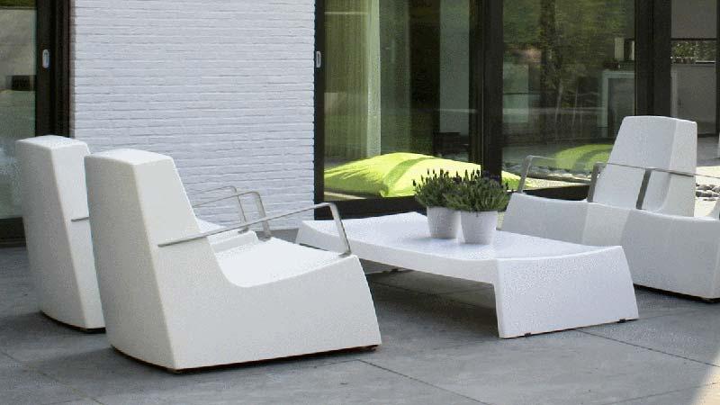 table de salon de jardin original jardin piscine et cabane. Black Bedroom Furniture Sets. Home Design Ideas