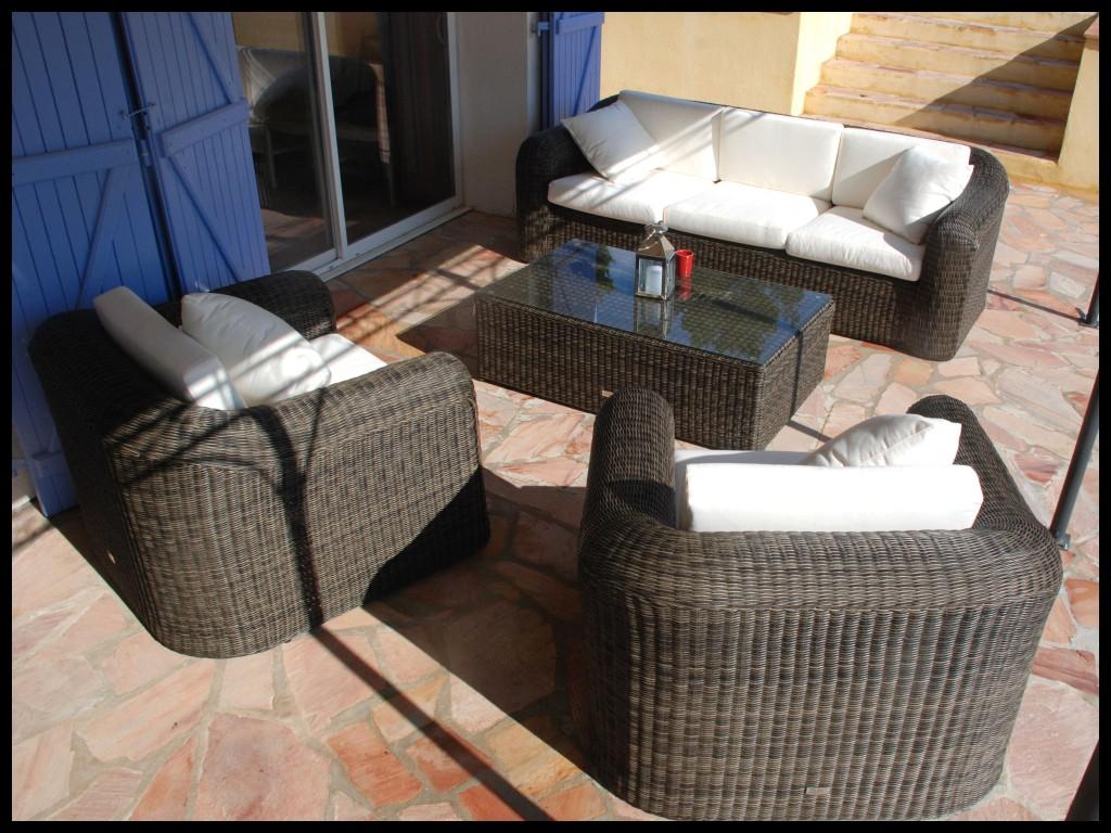 Merano coffre salon de jardin 4 places résine - Jardin piscine et Cabane