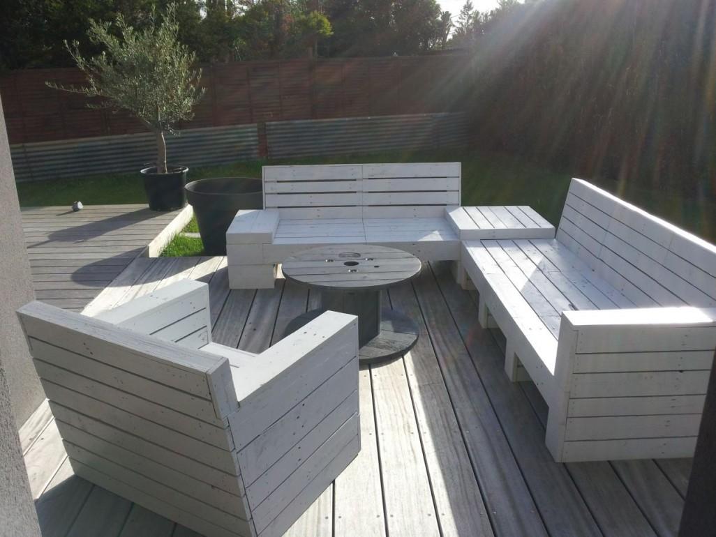 Salon de jardin palette terrasse - Jardin piscine et Cabane