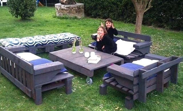Fabriquer salon de jardin avec palette - Jardin piscine et Cabane