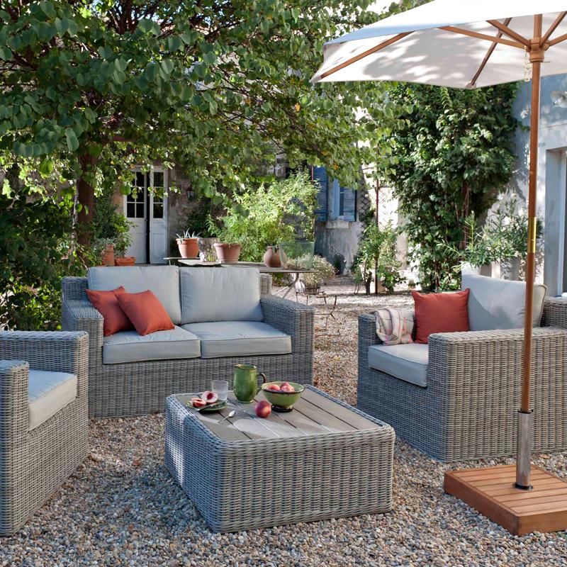 salon de jardin castorama le mans jardin piscine et cabane. Black Bedroom Furniture Sets. Home Design Ideas