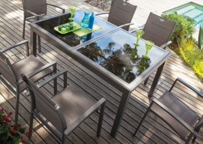 Garden concept salon de jardin - Jardin piscine et Cabane