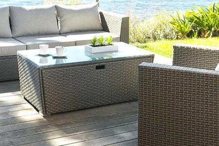 Salon de jardin tresse avec table coffre - Jardin piscine et Cabane