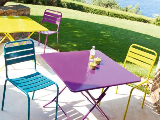 salon de jardin metal jardin piscine et cabane. Black Bedroom Furniture Sets. Home Design Ideas
