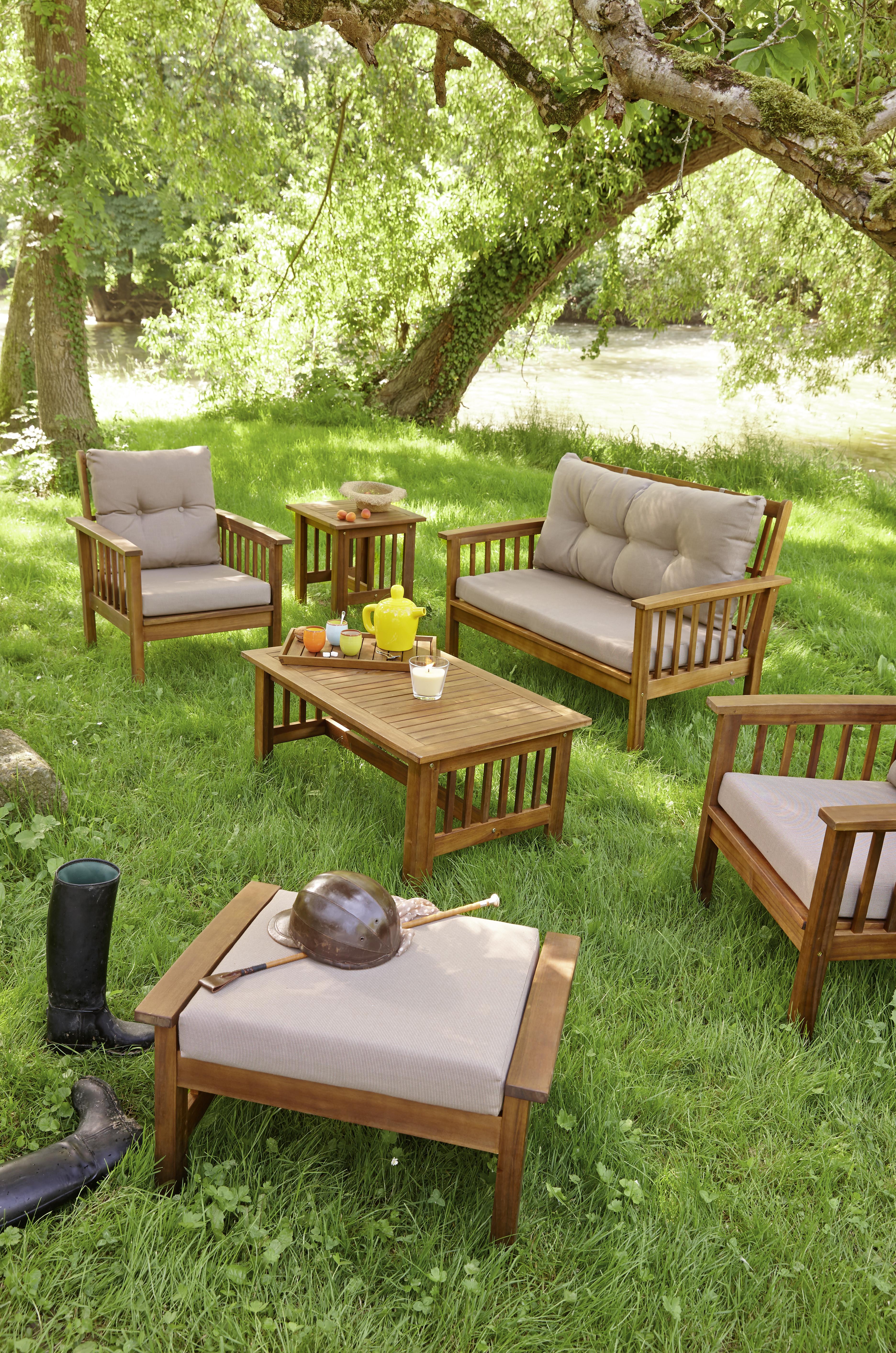 table de salon de jardin plastique carrefour jardin. Black Bedroom Furniture Sets. Home Design Ideas