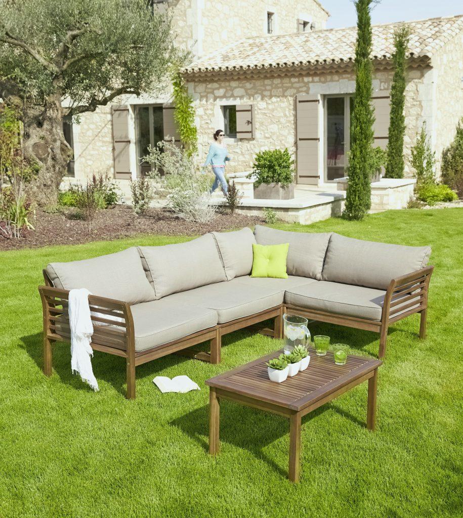 Salon de jardin en beton imitation bois - Jardin piscine et Cabane