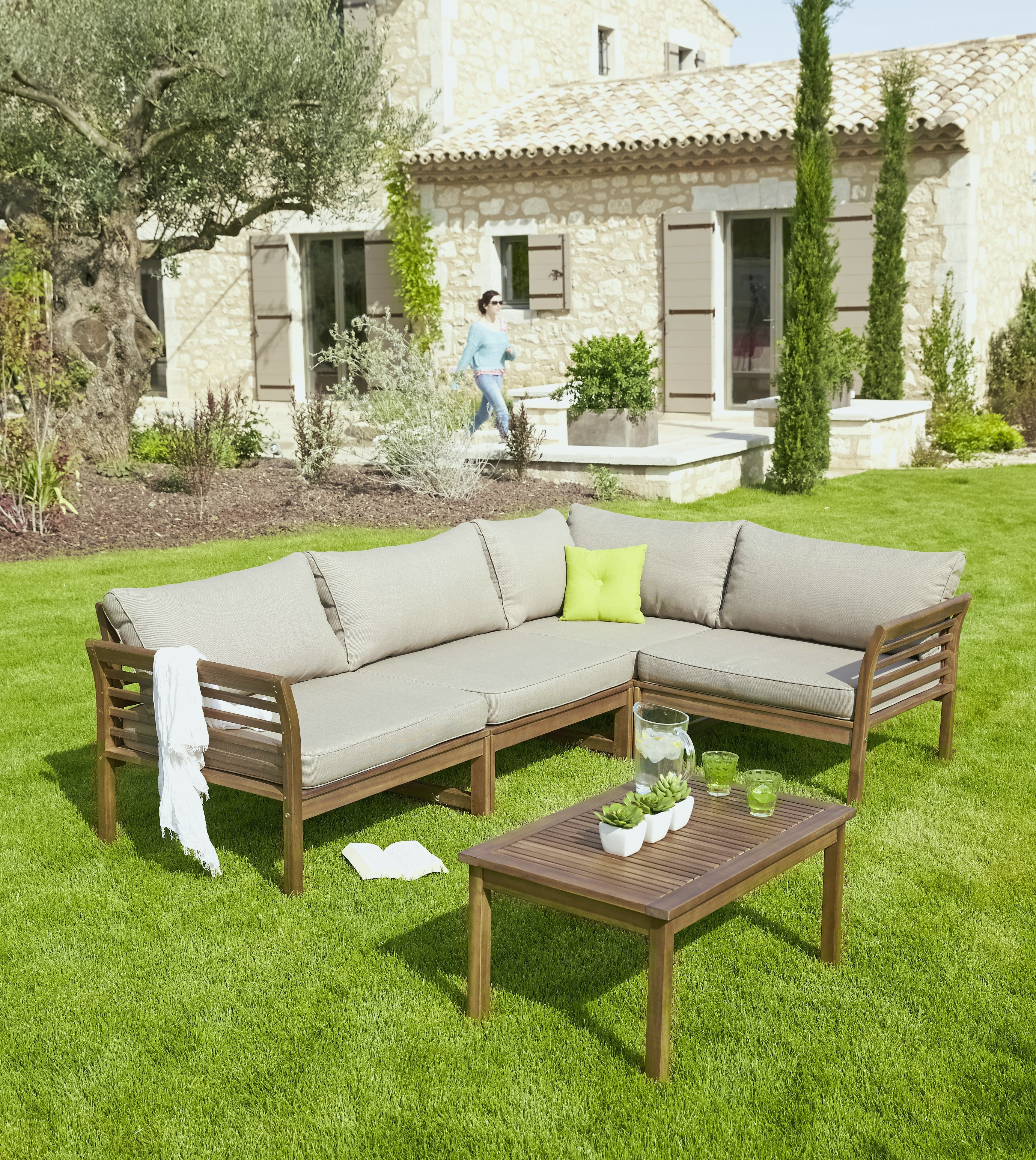 Salon De Jardin Beton. salon de jardin aspect b ton table ...