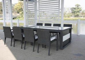 Ensemble table chaise exterieur - Jardin piscine et Cabane