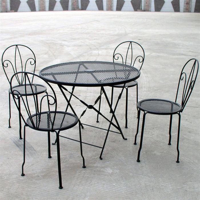 table et chaise de jardin en fer jardin piscine et cabane. Black Bedroom Furniture Sets. Home Design Ideas