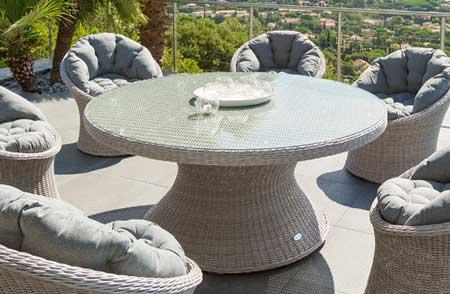 Salon de jardin table ronde 6 personnes - Jardin piscine et Cabane