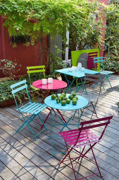 Table jardin couleur - Jardin piscine et Cabane