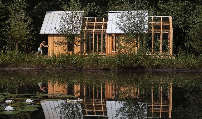 Cabane en bois et verre - Jardin piscine et Cabane